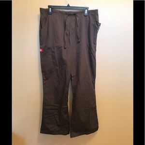 Dickies brown drawstring jogger pants size large